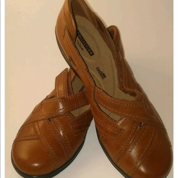 c07b95e84d640 Clarks Shoes - ⬇ Clark s collection Sz 8.5 faux leather